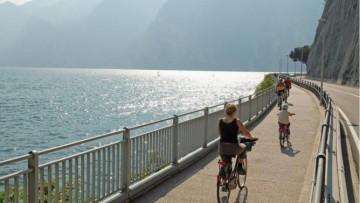 L'anello del Garda: il percorso ciclabile più lungo d'Europa