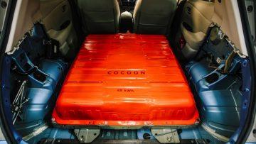 Auto elettriche: gli ingegneri Nissan raddoppiano la batteria della Leaf