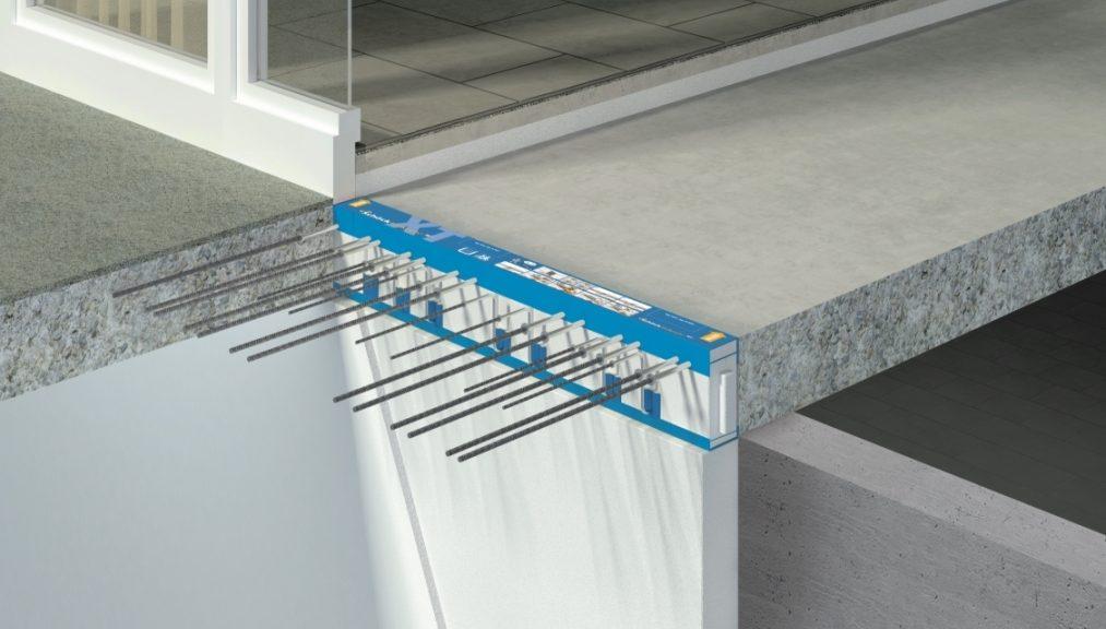 Taglio termico: il giunto Isokorb® viene posato tra la soletta a sbalzo e il pavimento interno Foto ©Schöck