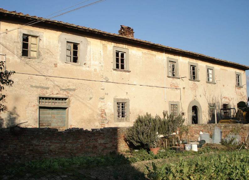 L'ex Casa Cioni in frazione Avane a Empoli (Firenze), una delle dieci aree interessate dal bando