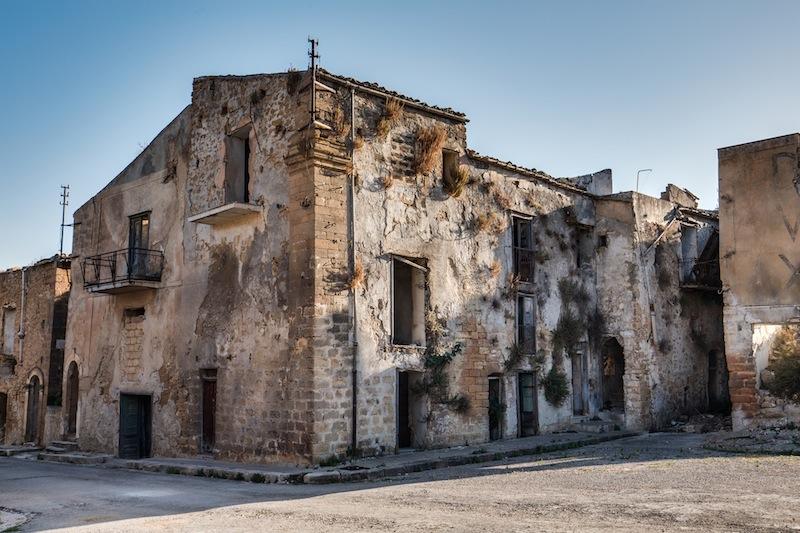 Poggioreale, oggi cittadina fantasma, tra le più colpite del terremoto che colpì la Sicilia nel 1968