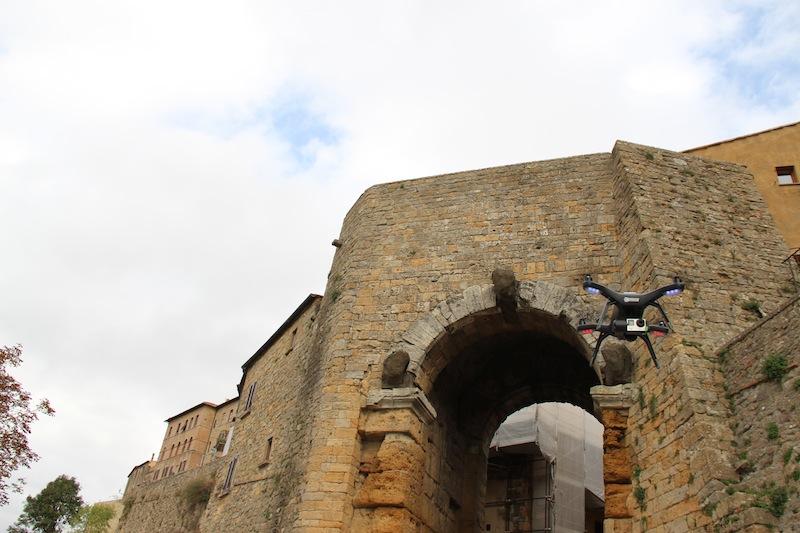 drone_porta_etrusca