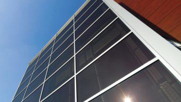 Facciate panoramiche: le soluzioni Schüco per una corretta illuminazione nei luoghi di vita e lavoro