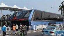 L'autobus cinese del futuro viaggia su rotaie