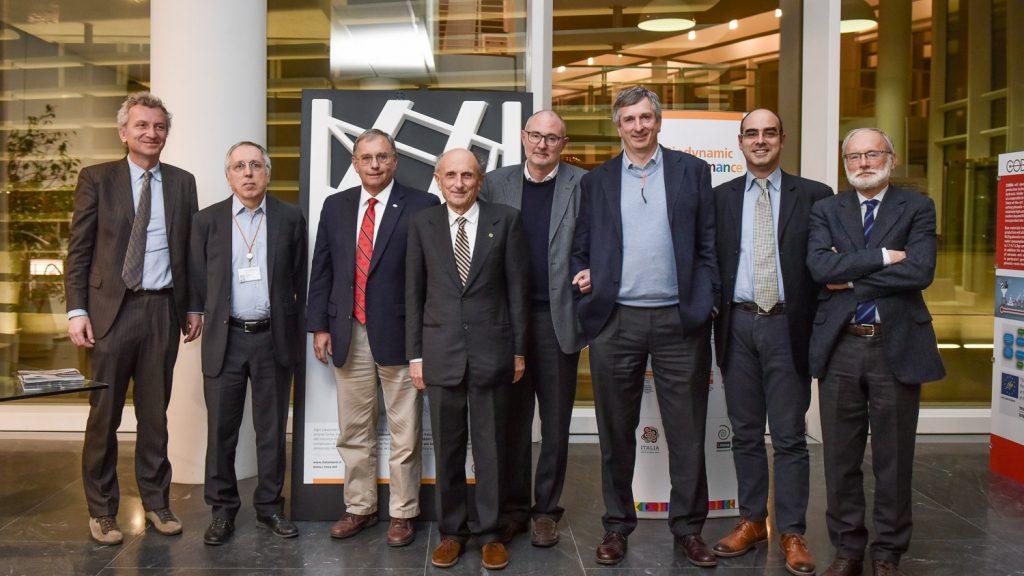Mike Schneider in ilab con Enrico Borgarello e i delegati ACI