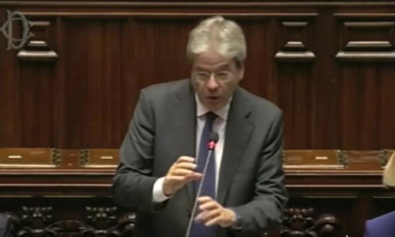 Il nuovo presidente del Consiglio, Paolo Gentiloni, durante il discorso alla Camera