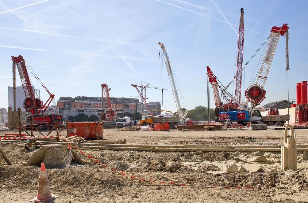 1 - escavazione fondazioni indirette © www.nouveaupalaisdejustice.fr