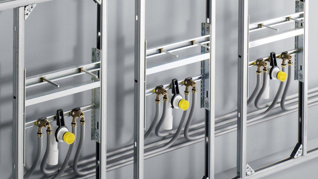I gomiti doppi con flangia Raxofix, ottimizzati per ridurre al minimo le perdite di carico, sono disponibili nei diametri di 16, 20 e 25 mm. (Foto: Viega)