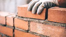 Lavori edili, un contratto scaduto da oltre un anno