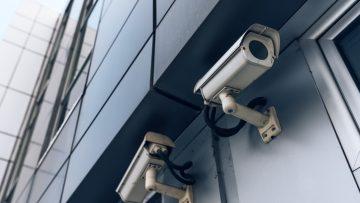 Controllo a distanza dei lavoratori: quali norme rispettare?