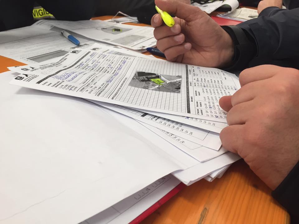 Ultimazione di una delle schede AeDES compilate durante i sopralluoghi di Febbraio da uno dei tecnici volontari Cni-Ipe