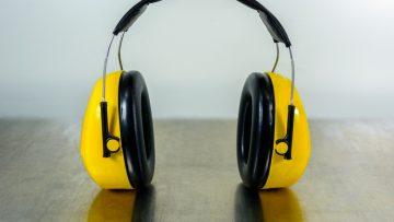 Inquinamento acustico: due decreti disciplinano le attività fonte di rumore ambientale