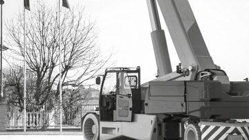 Una gru italiana si gioca l'oscar svedese dell'ingegneria in acciaio