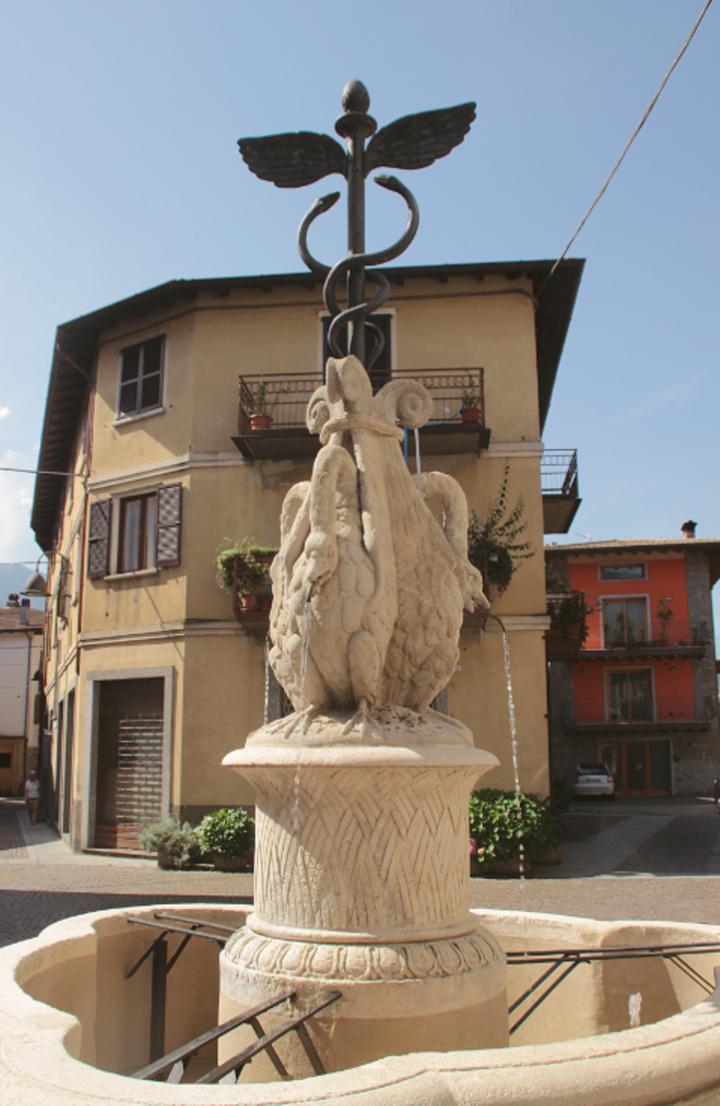 Fontana in pietra a Capo di Monte