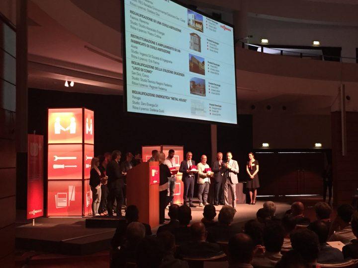 Un momento della premiazione dei vincitori del Concorso di Idee 2016 durante il Convegno annuale Viessmann