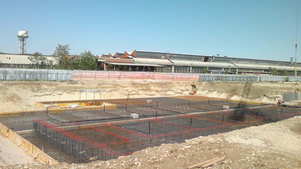Il cantiere del nuovo centro ricerche della Petronas, a Santena (TO)