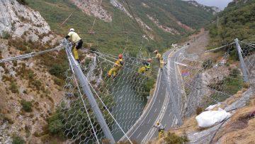 Mitigazione rischio frana: come funziona la rete paramassi green