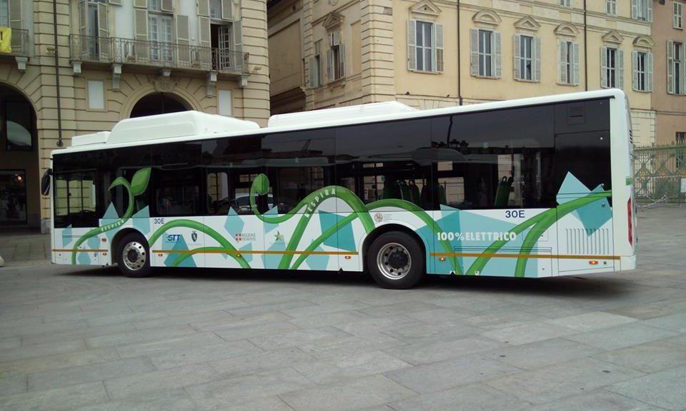 Uno dei nuovi bus elettrici made in China pronti a circolare a Torino  e Novara