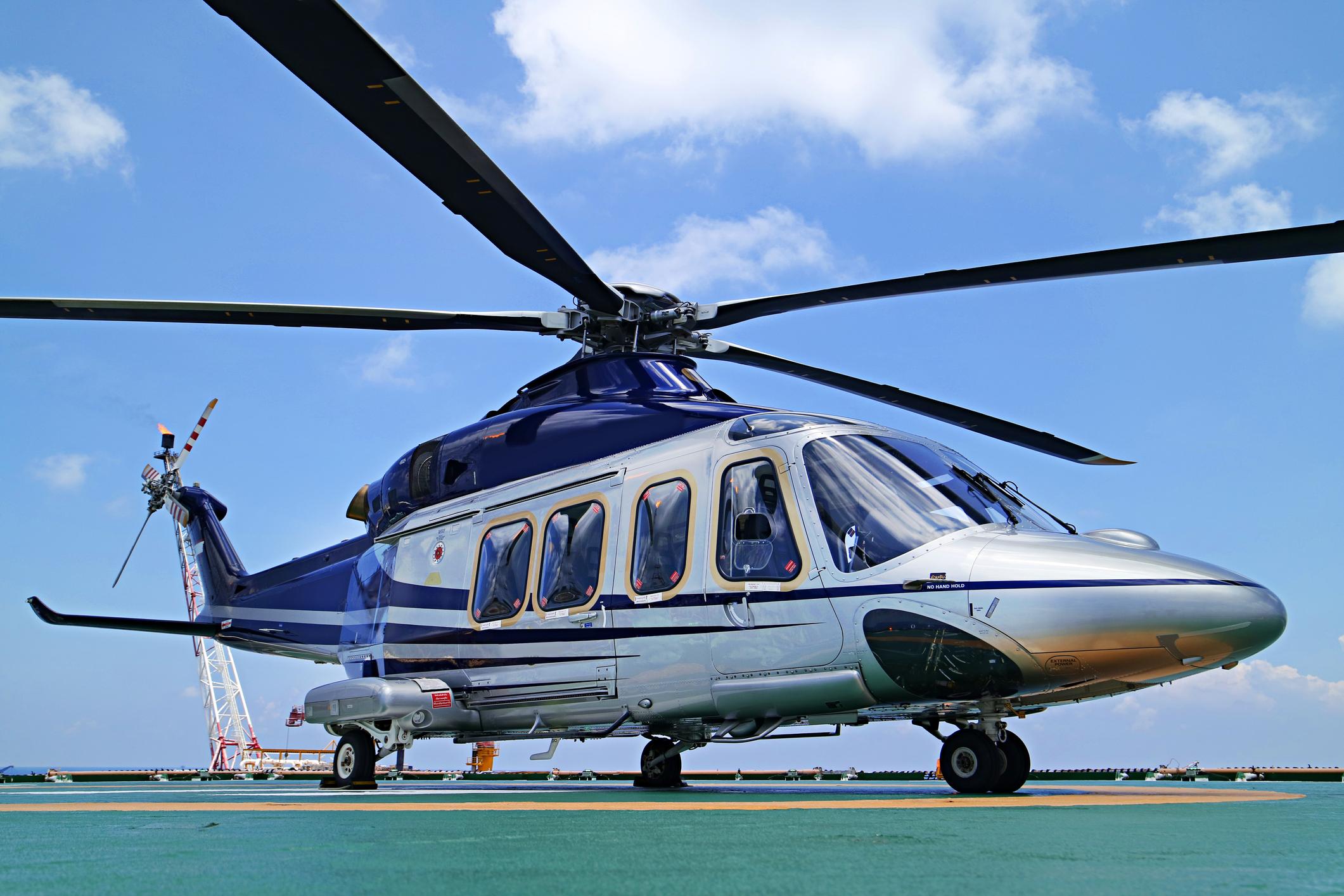 Elicottero Interno : Elicottero caduto molte cose non quadrano exit news spiega l