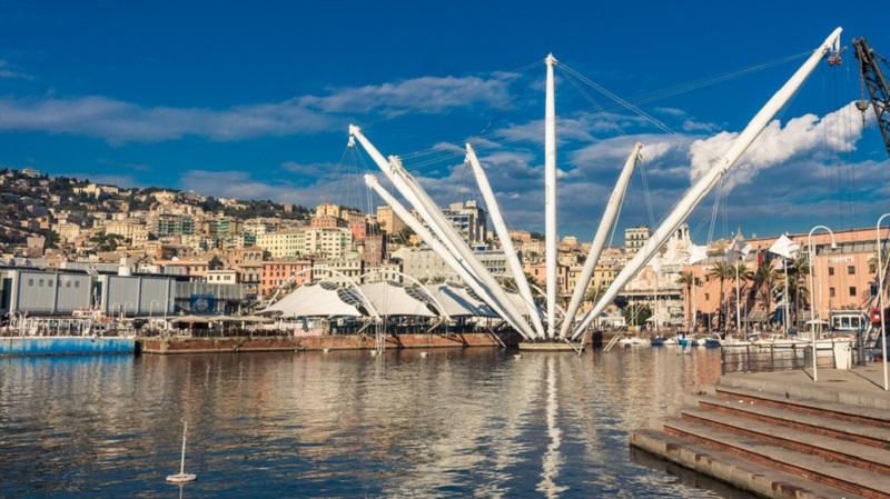 Il Bigo, l'ascensore panoramico progettato da Renzo Piano nel Porto Antico di Genova