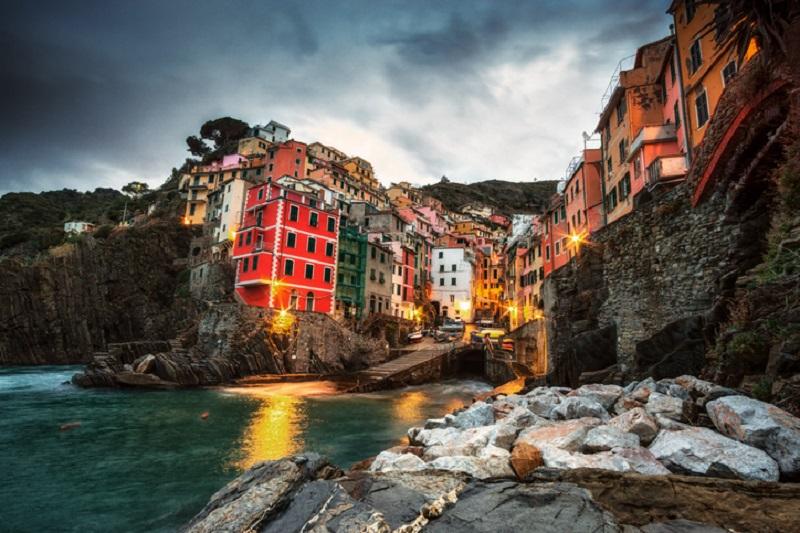 Riomaggiore, un esempi del delicato equilibrio ambientale nelle Cinque Terre in Liguria