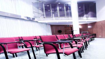 Esonero dalla formazione professionale obbligatoria 2018: chi ha diritto e come si fa