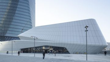 CityLife Shopping District: focus su facciate e coordinamento del Podium Hadid