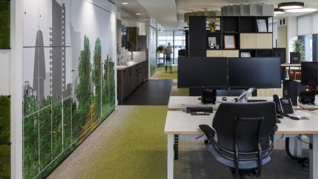 Uffici dello studio Hilson Moran a Manchester con certificazione WELL Gold. Credits https://wellonline.wellcertified.com/project-profiles/hilson-moran-manchester