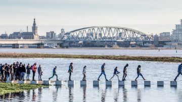 Un ponte ciclopedonale resiliente in Olanda: il ponte Zalige a Nijmegen