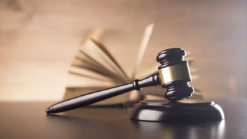 Edilizia: la Corte Costituzionale fissa i limiti alla legislazione regionale