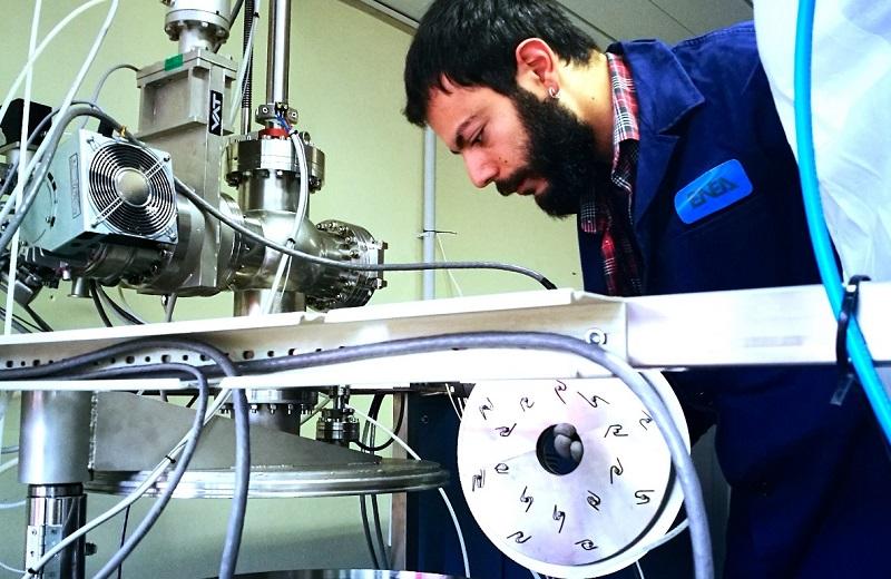 Una fase di testing sul nuovo dispositivo nel centro ENEA di Frascati