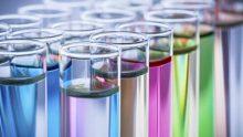 REACH, arriva il regolamento per la carta d'identità delle sostanze chimiche in commercio in UE