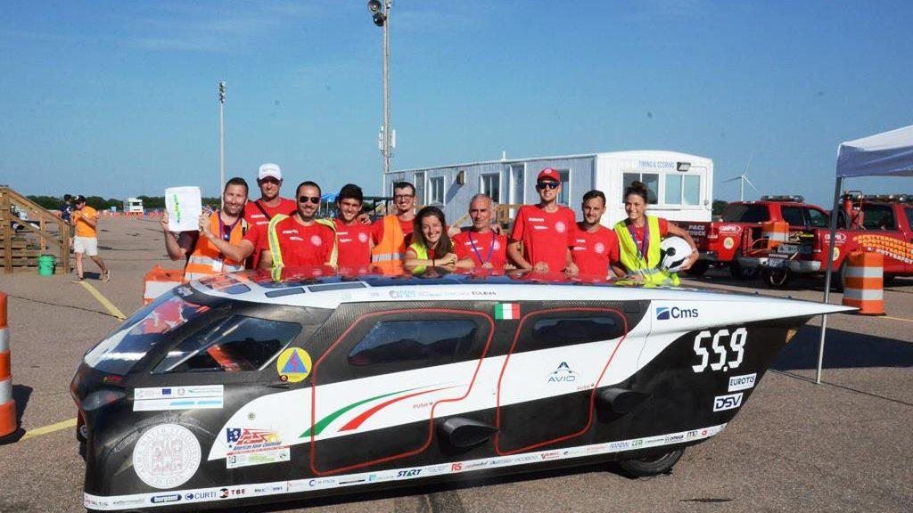 Emilia 4 di UniBo vince il contest tra auto solari progettate dalle università