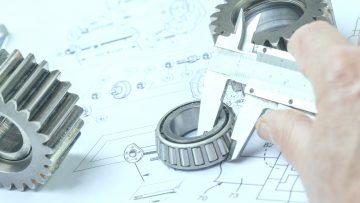 Macchine a cilindri, calandre e laminatoi: sicurezza e procedure