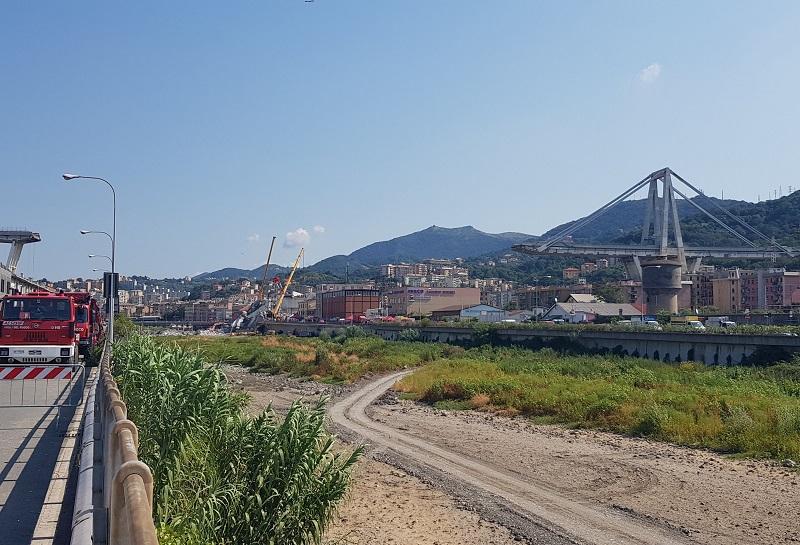Un'immagine del ponte Morandi dopo il crollo - Copyright Katherine Smale (ICE)