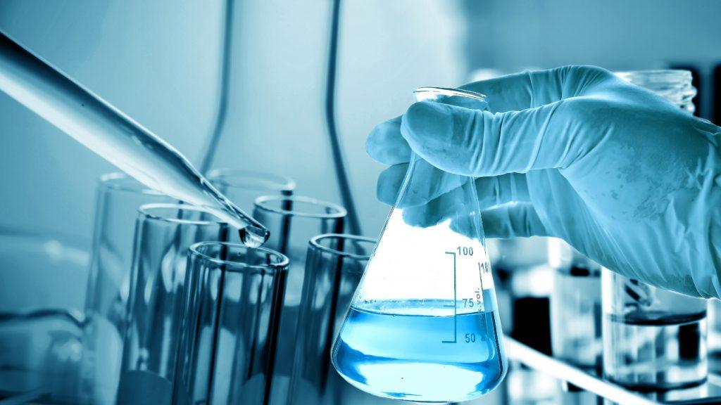 Banchi Da Lavoro Per Laboratorio Analisi : Quali sono i dpi e rischi correlati in un laboratorio chimico di