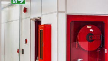 Segnaletica di sicurezza sui luoghi di lavoro: quando la cartellonistica salva la vita