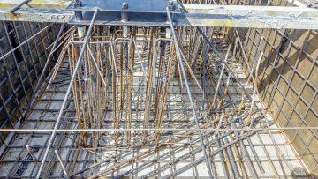 Tecniche di intervento su edifici in muratura: cordoli di piano con profili metallici