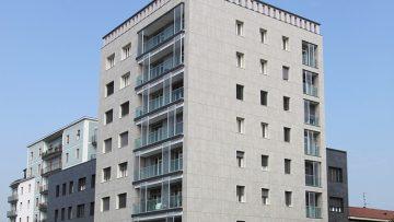 Una facciata ventilata per riqualificare un immobile anni '50 a Brescia