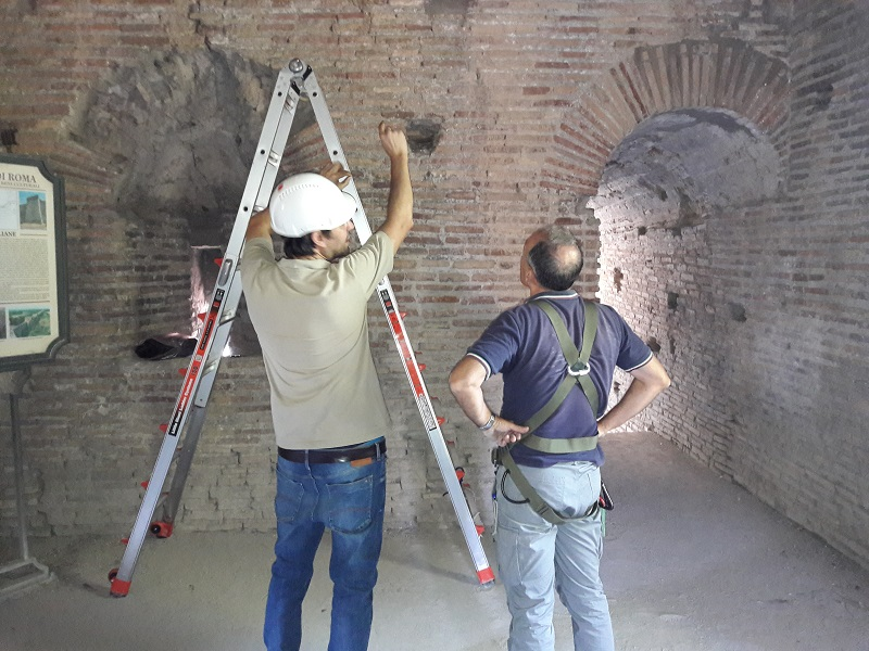 Tecnici al lavoro (fonte www.enea.it)
