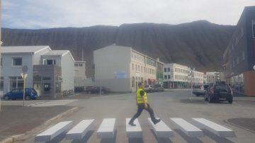 Traffic calming: come usare le strisce pedonali 3D